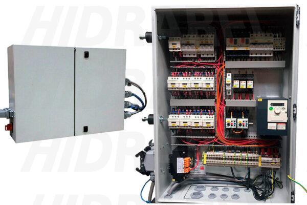 cuadro-electrico-detalle-y-cerrado-doble-puerta-900x675